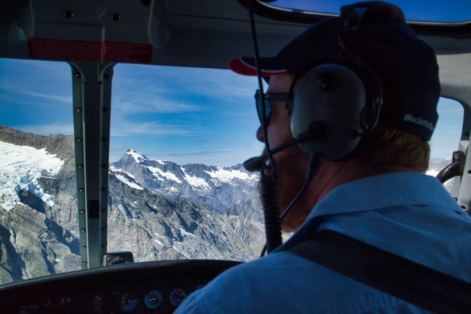 scenic-flight-glacie-helicopters-new-zealand-pilot-andrew