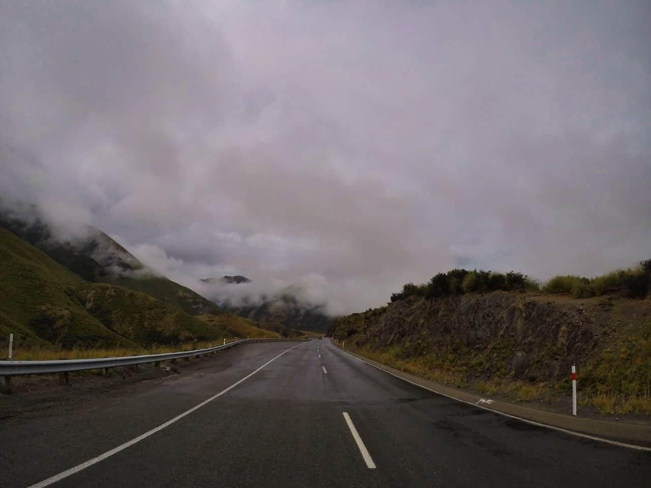 Arthurs-Pass-New-Zealand-rainy-day