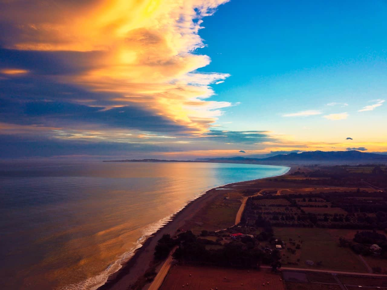 Kaikoura-Fredom-Camp-beautiful-sky-sunset-DJI-Mavic-Pro