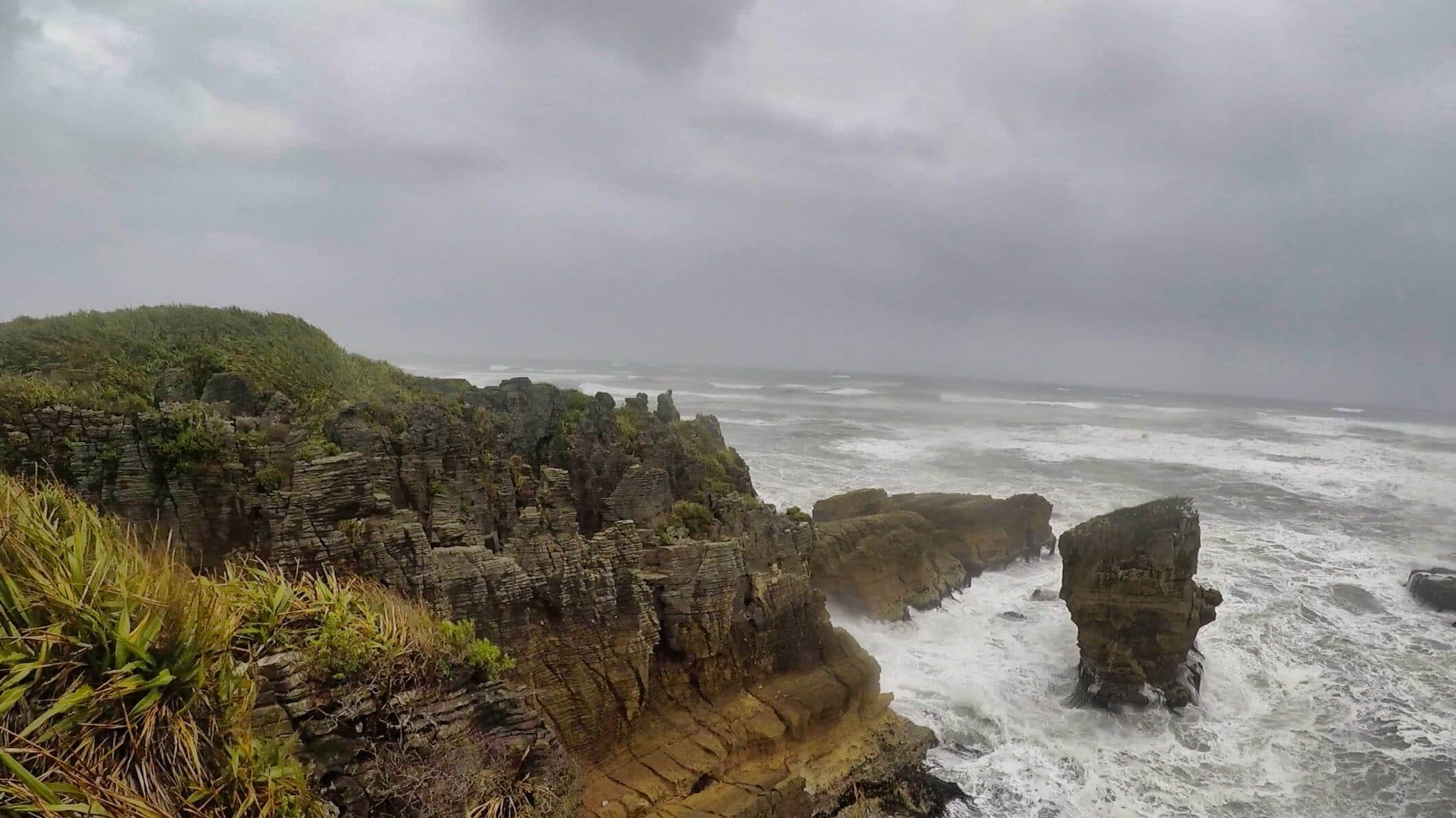 Pancake-Rocks-New-Zealand-rainy-weather