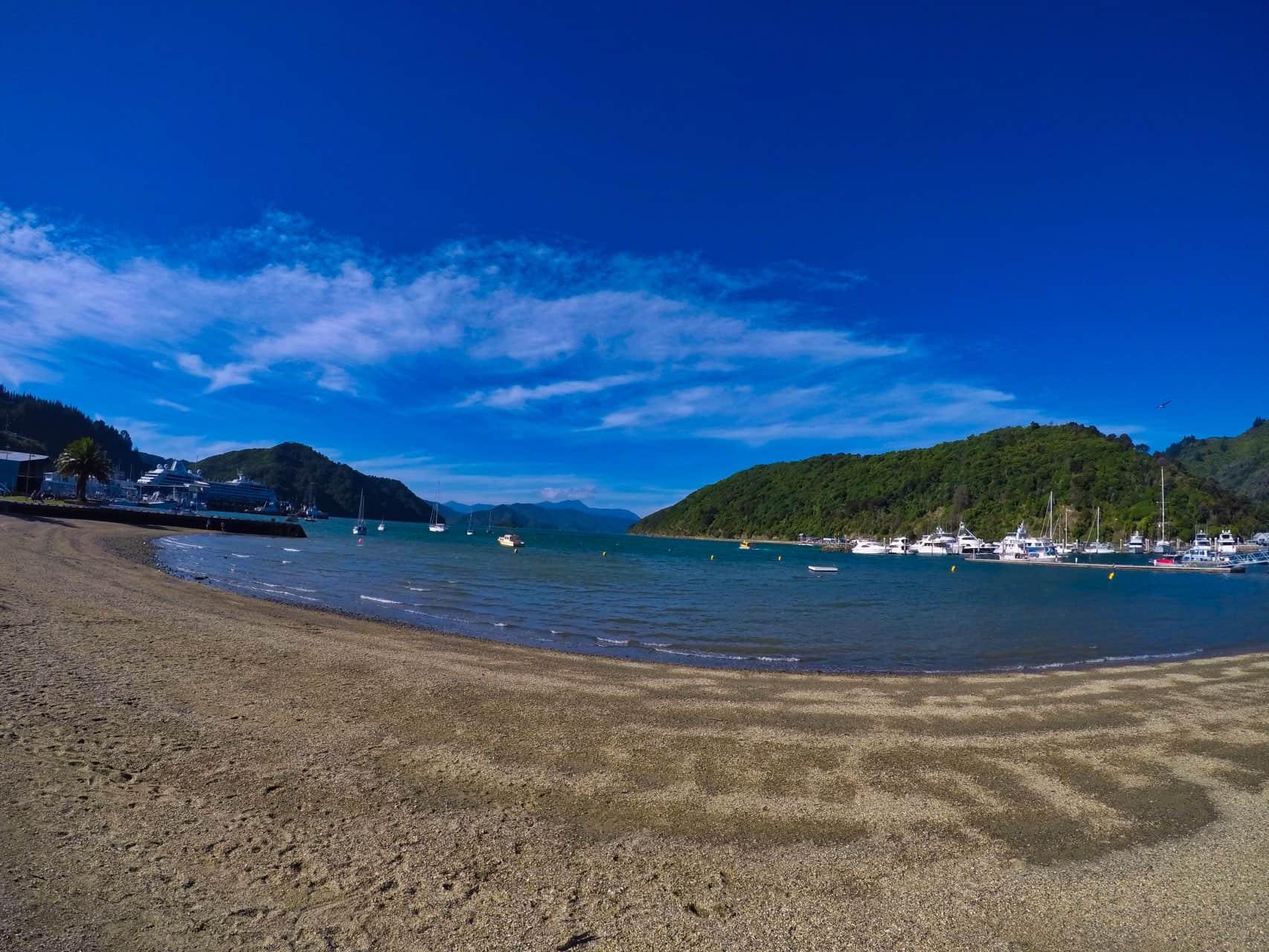 Picton-sunny-day-Harbor