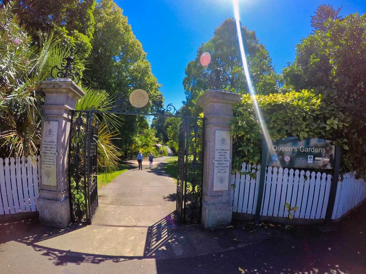 Queens-Gardens-Entrance-Nelson