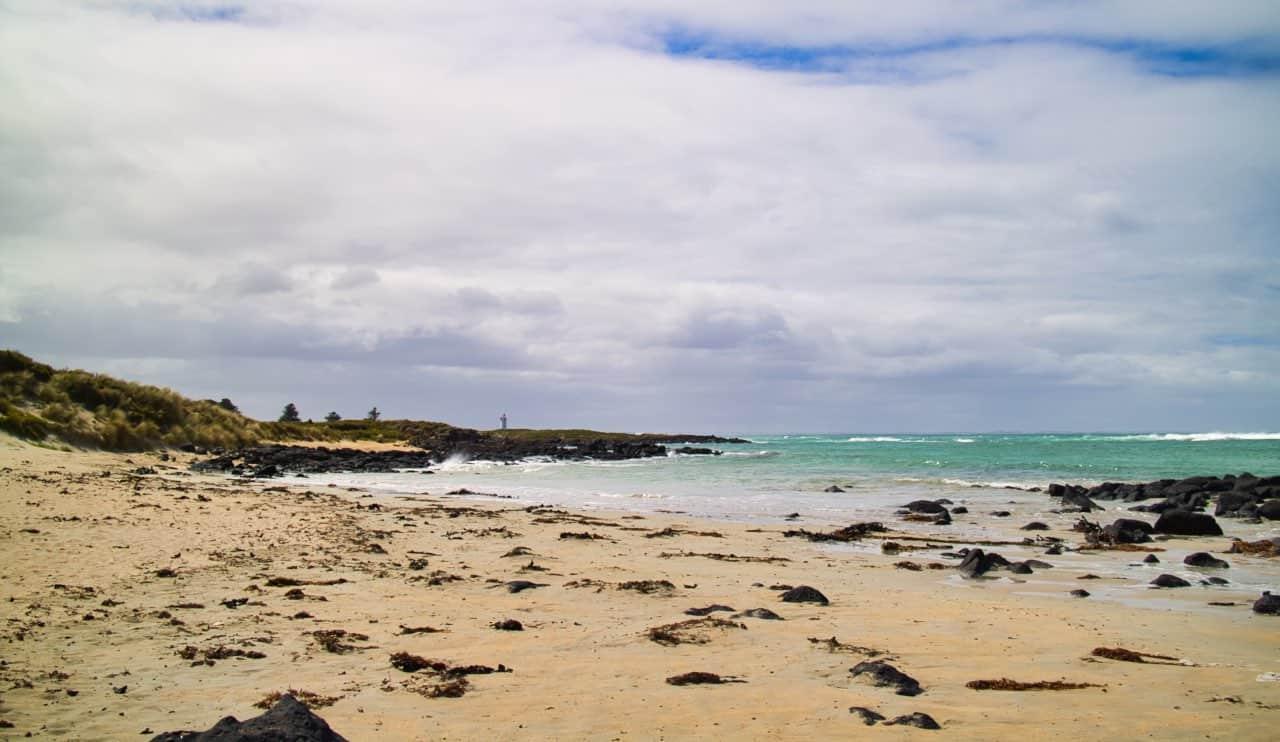 Port-Fairy-Lighthouse-Beach-view