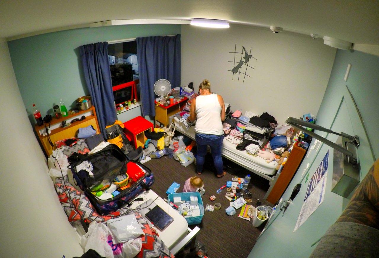 Sachen-packen-YHA-Hostel-Auckland