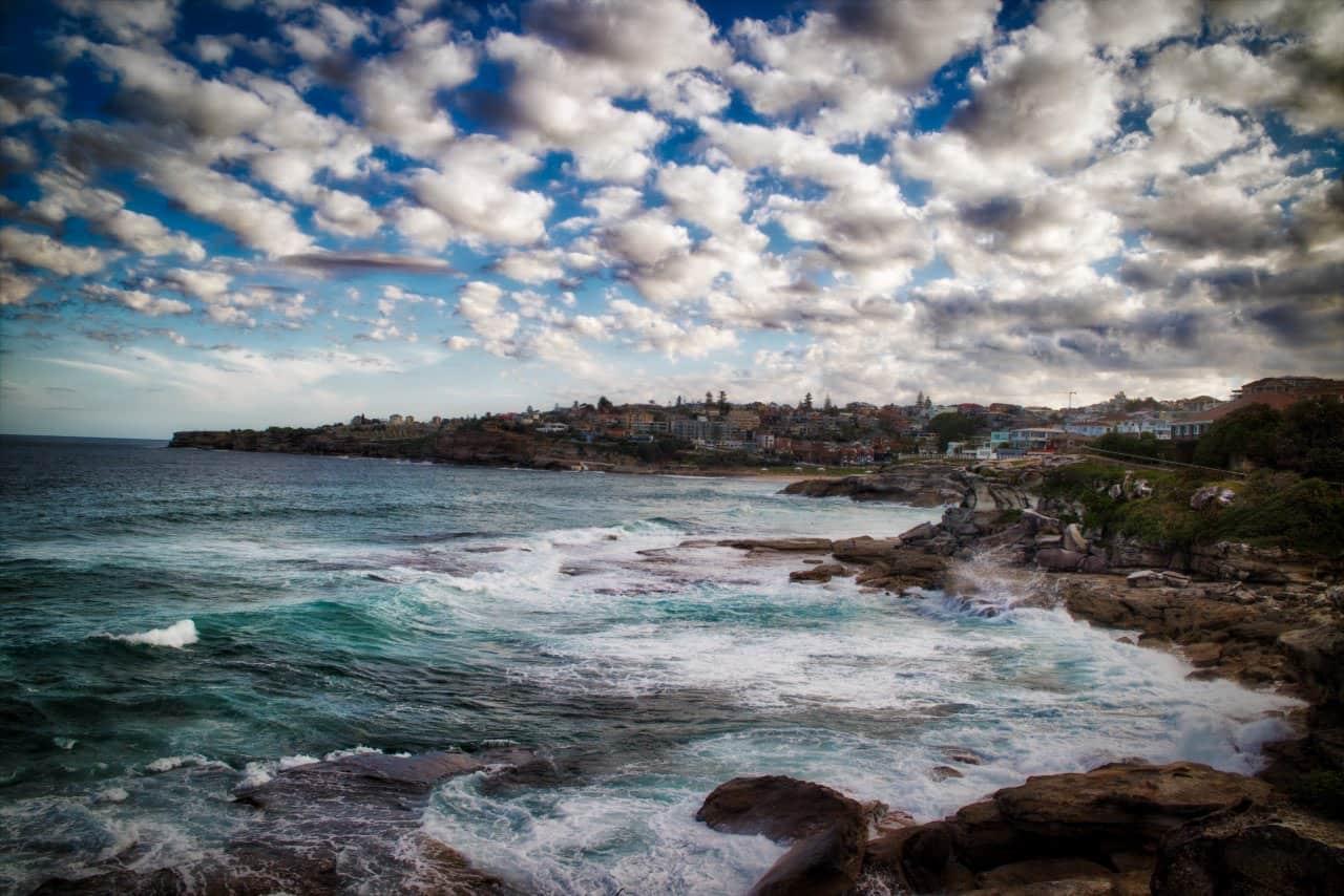 dreamy-dramatic-Tamarama-Beach-Sydney-Australia