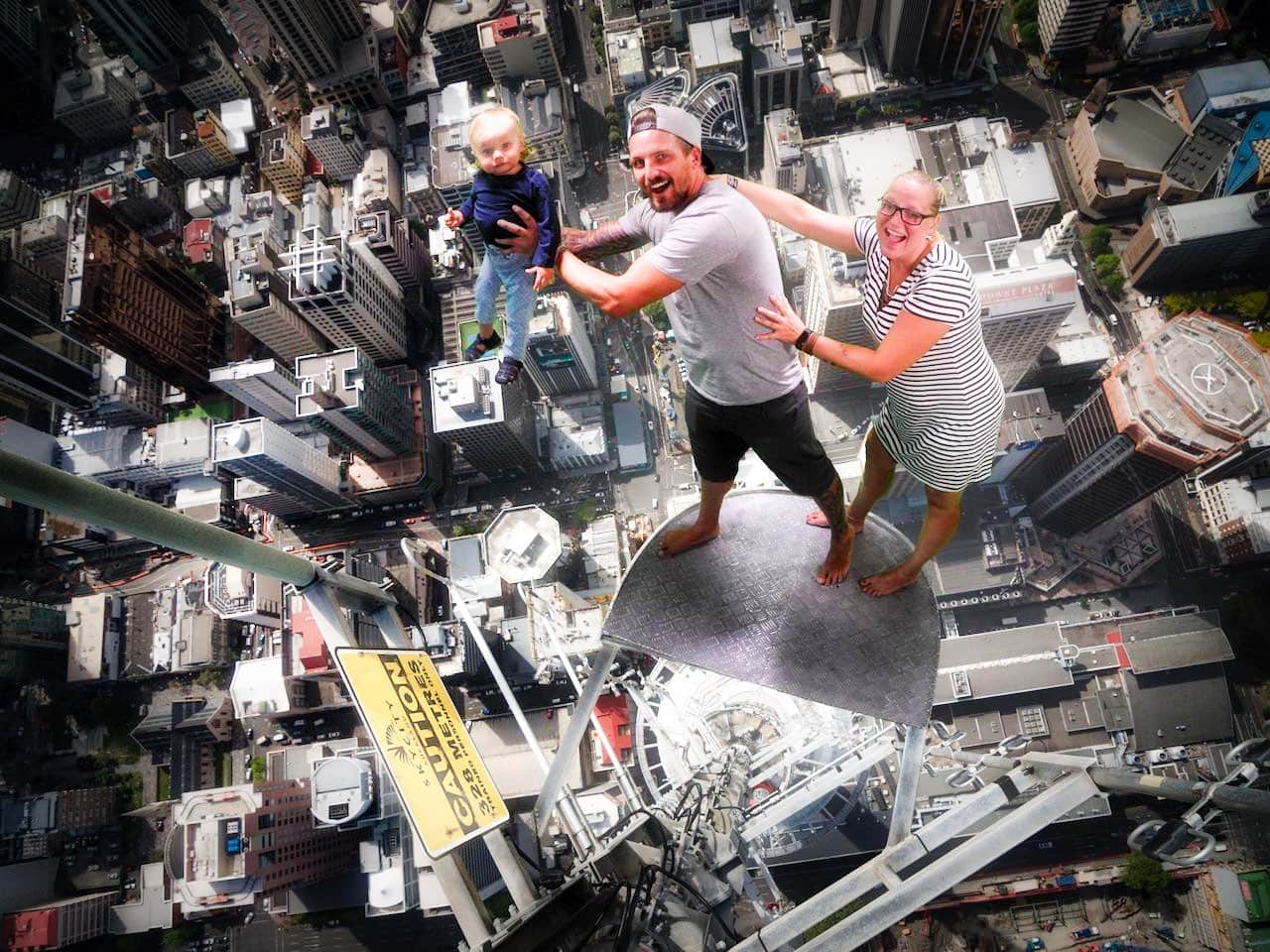 funny-sky-tower-pictures-tabea-sandy-sebastian-auckland-new-zealand
