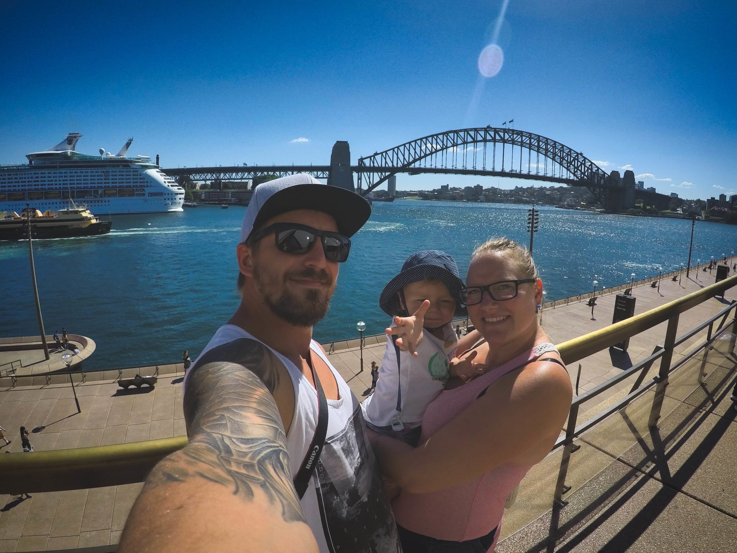 selfie opera house harbour bridge